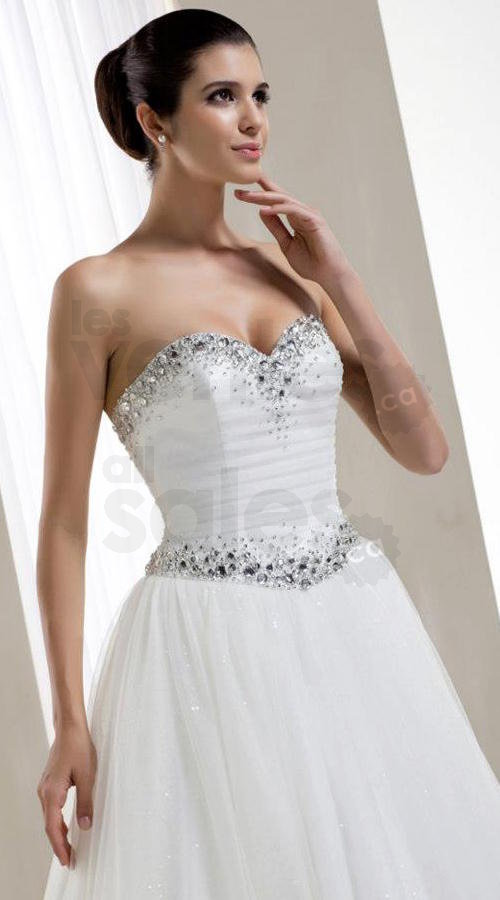 Liquidation gowns up to 80 discount for Wedding dresses montreal st hubert